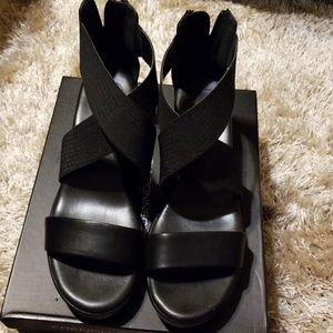 French Connection Pelle Sandal